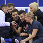 Worlds Trampoline St. Petersburg 2009: LAWTHER Craig + GBR competitors watching video