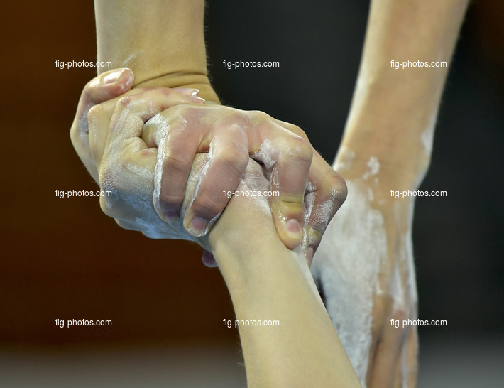 The World Games, Wroclaw/POL 2017: Acro detail hands