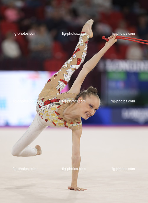 Junior RG WCh Moscow/RUS 2019: RAMONATXO Lily FRA