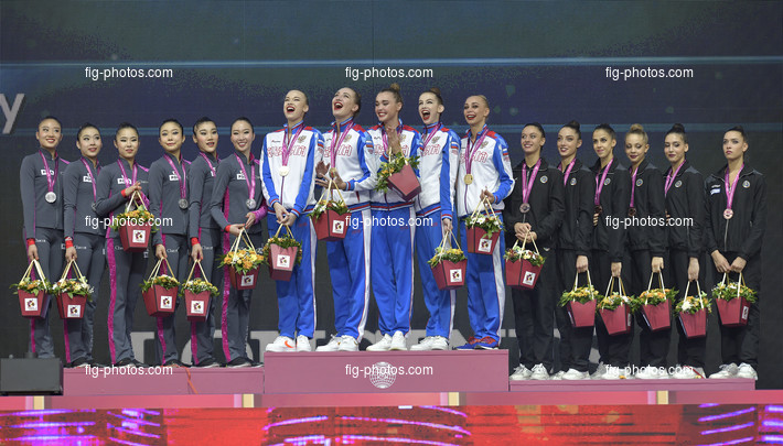 RG WCh Baku/AZE 2019: podium hoops and clubs, RUS + JPN + ITA