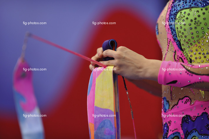 Rhythmic WCh Moscow/RUS 2010: detail ribbon and hand