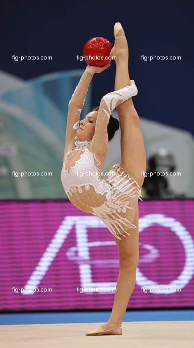 Rhythmic Gymnastics WC in Mie:  GOUZENKOVA Elena/CAN